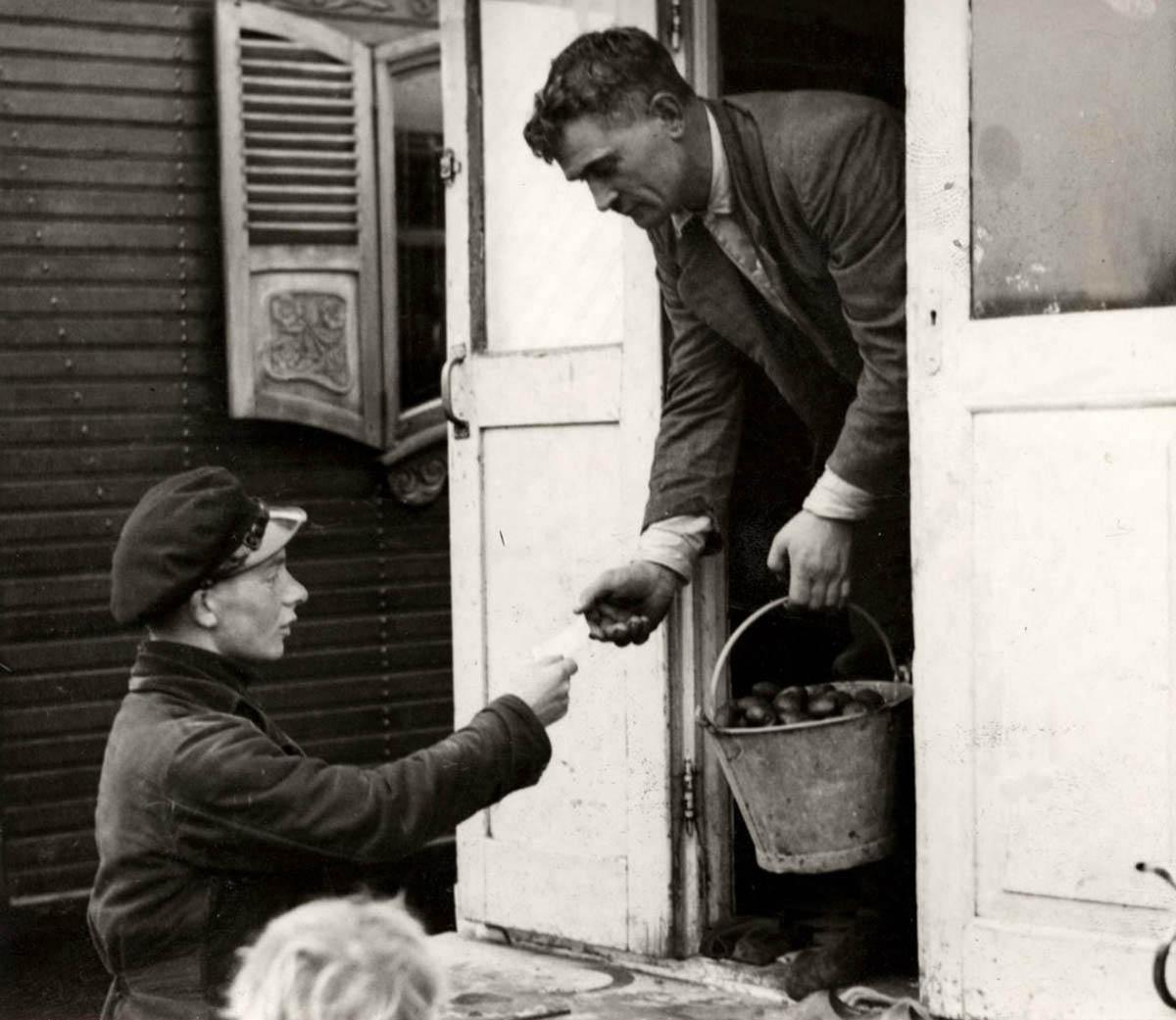 4514 Жизнь цыган в Европе до Второй Мировой войны