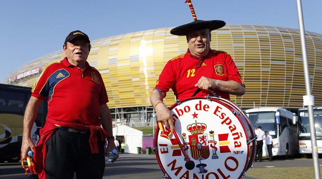 4616 Горячие фаны Евро 2012