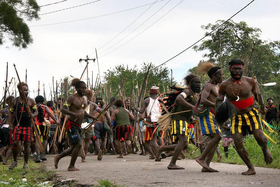 6121 Война папуасов