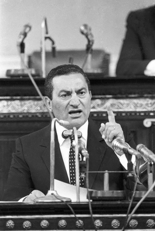 7111 Жизнь Хосни Мубарака в фотографиях