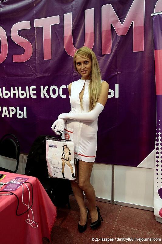 713 На выставке для взрослых «X'show 2012″ в Москве