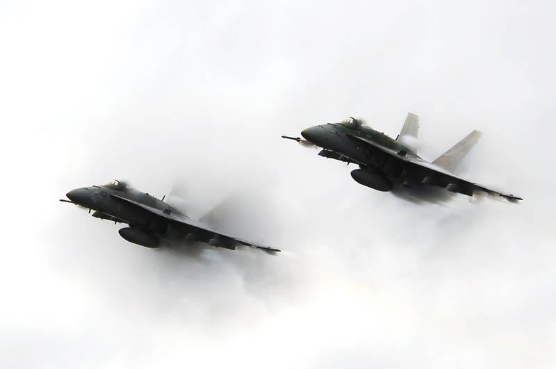 884 30 лучших фотографий преодоления «звукового барьера» самолётами
