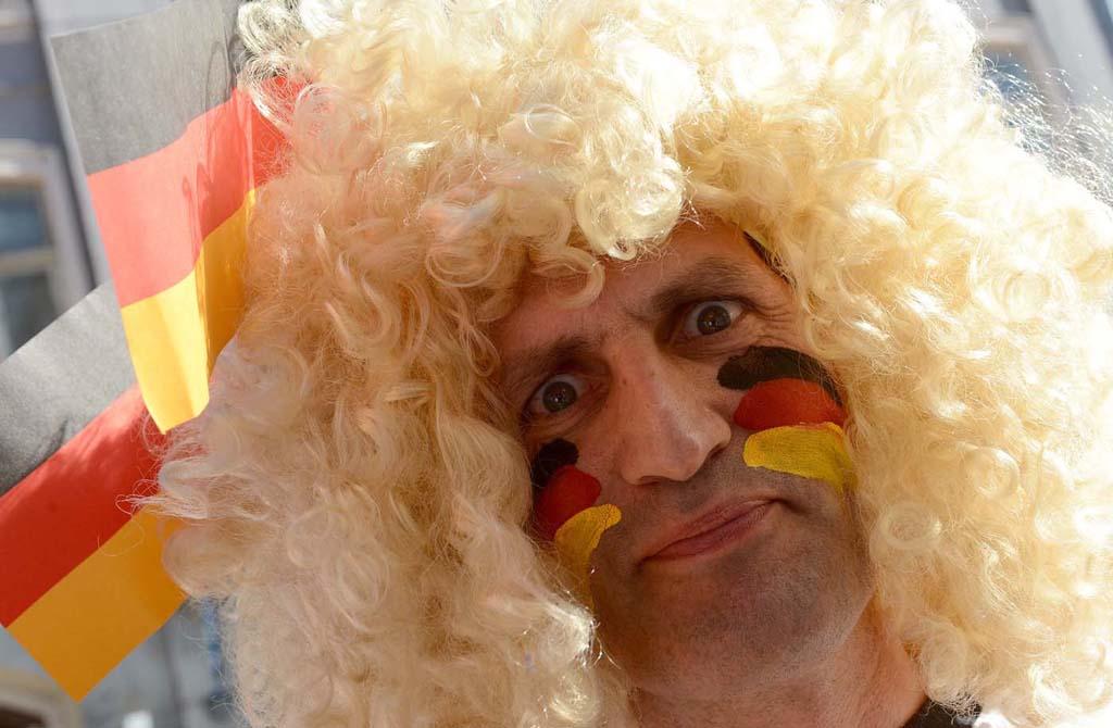 9126 Горячие фаны Евро 2012