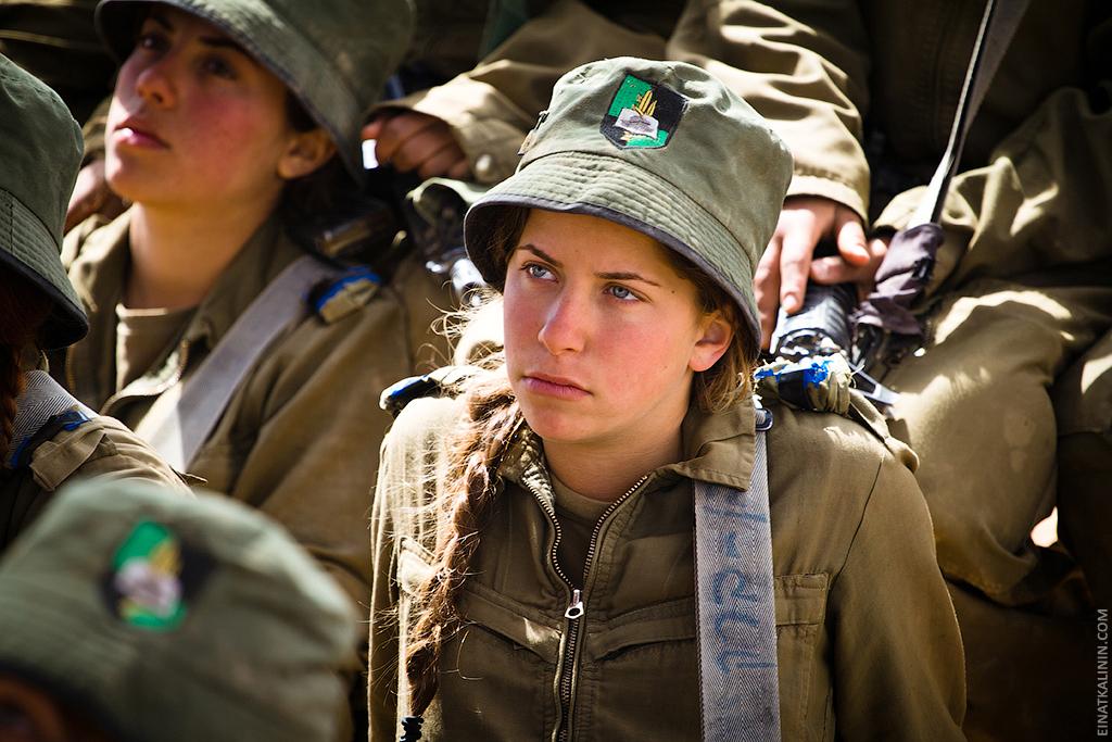 916 Женщина с танком