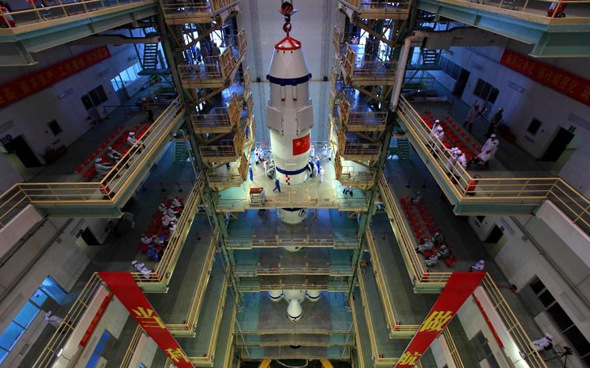 981 Первая китайская женщина астронавт