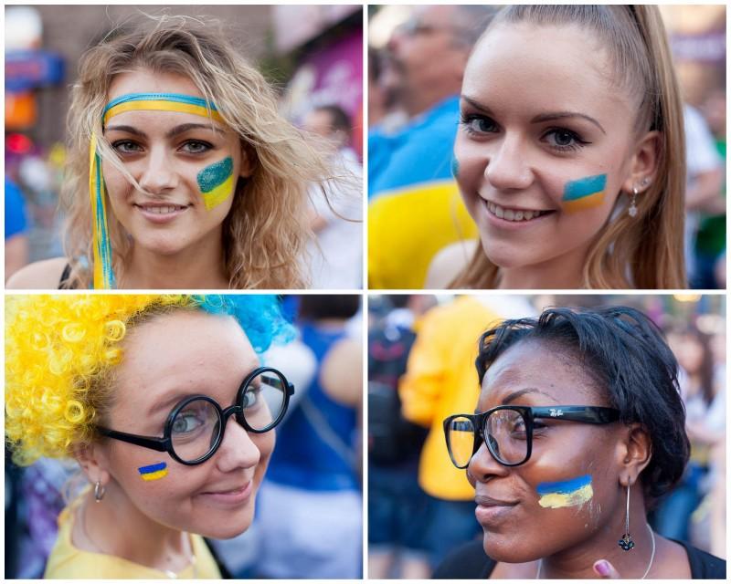 BIGPIC17 800x640 Болельщицы на матче Украина Швеция