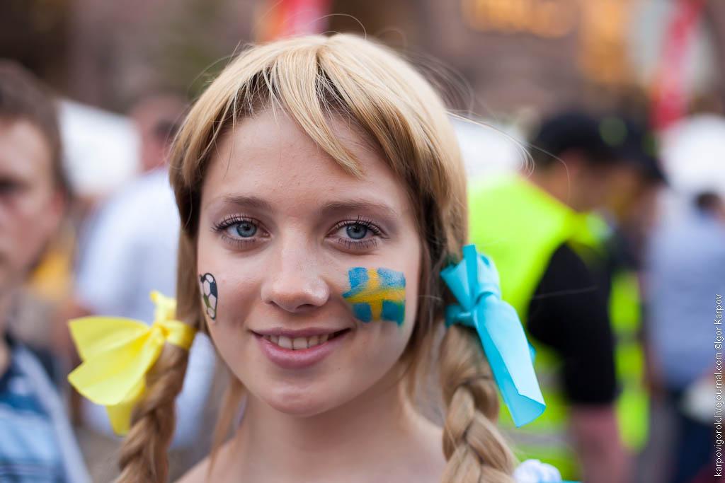IMG 6918 Болельщицы на матче Украина Швеция