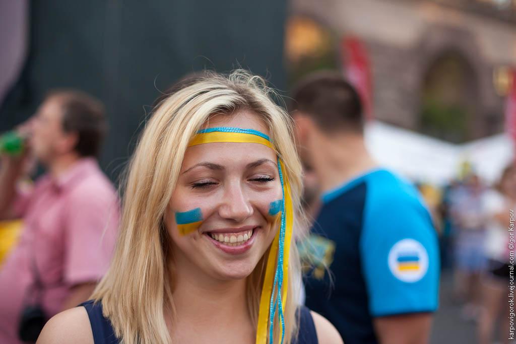 IMG 6933 Болельщицы на матче Украина Швеция