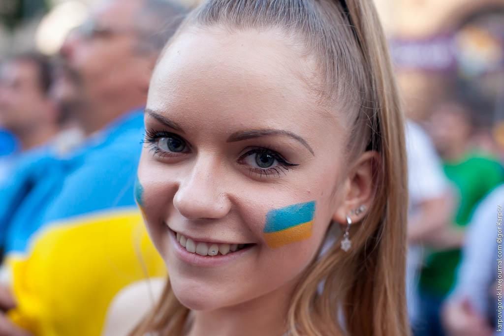 IMG 6961 Болельщицы на матче Украина Швеция
