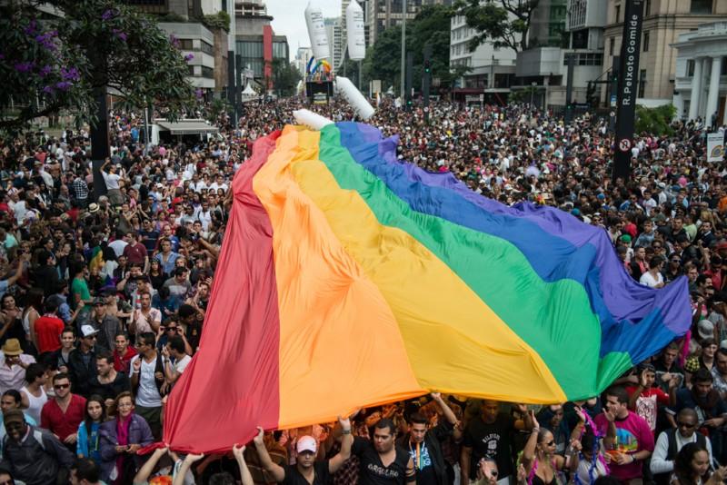 LGBT 28 800x534 Гей парады во всем мире 2012