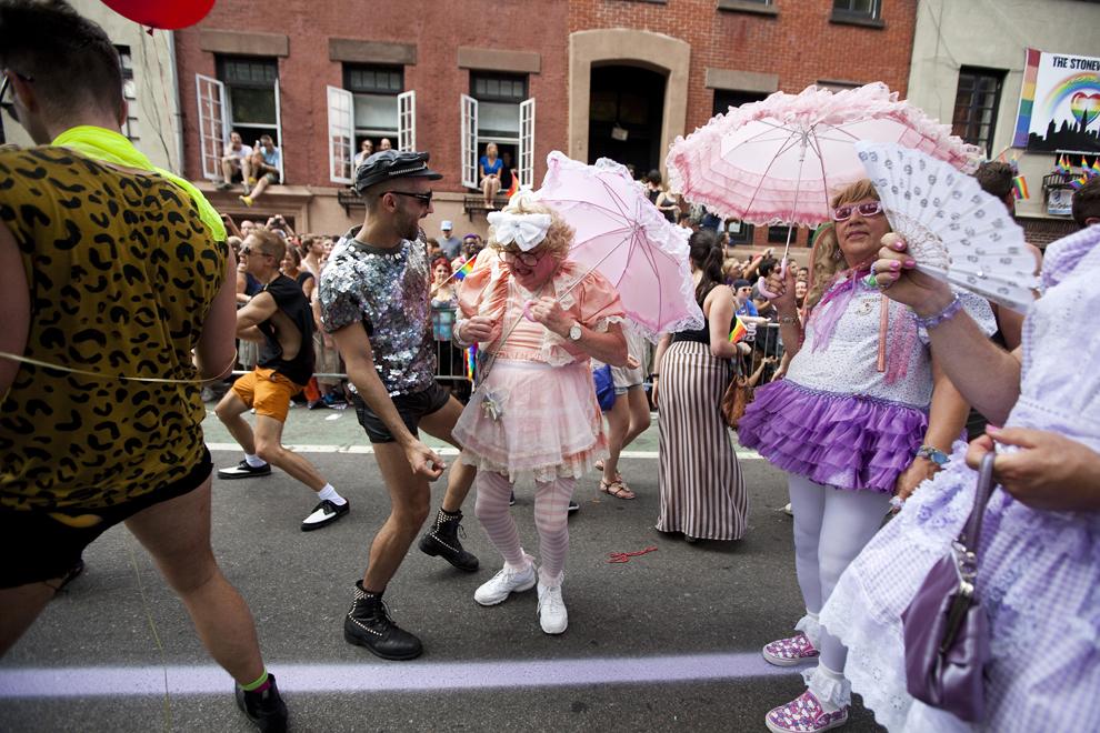LGBT 3 Гей парады во всем мире 2012