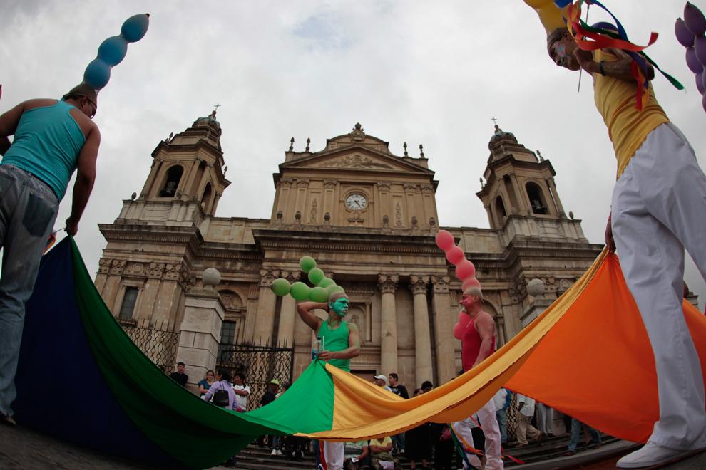 LGBT 35 Гей парады во всем мире 2012