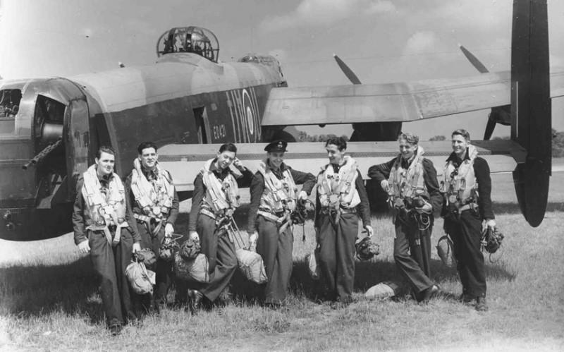 Экипажи бомбардировщиков Королевских ВВС Великобритании времён Второй Мировой