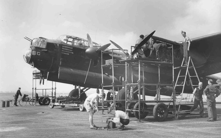 bomber command07 Экипажи бомбардировщиков Королевских ВВС Великобритании времён Второй Мировой