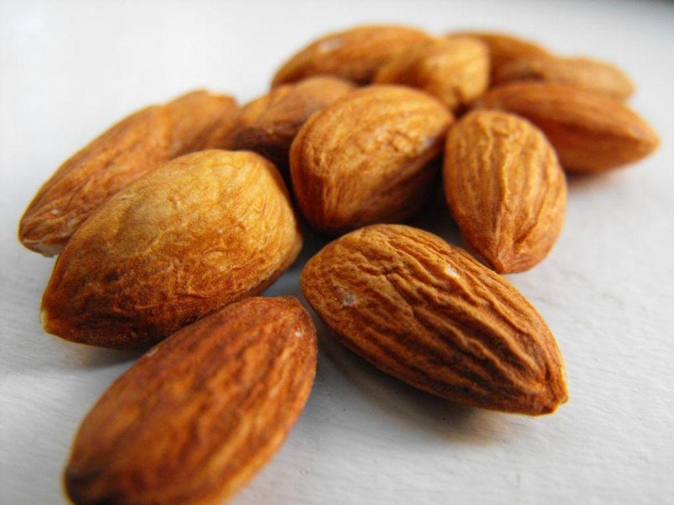 dietfood12 TOP 20 livsmedel bränna fett och reglerar ämnesomsättningen