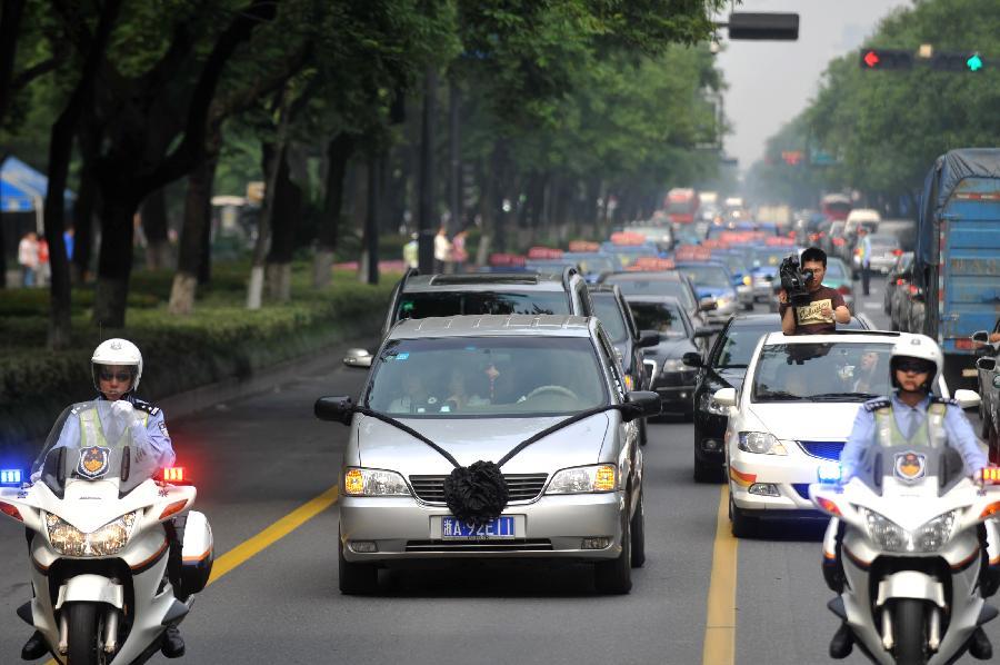 driver07 Смертельно раненный водитель спас 24 пассажира