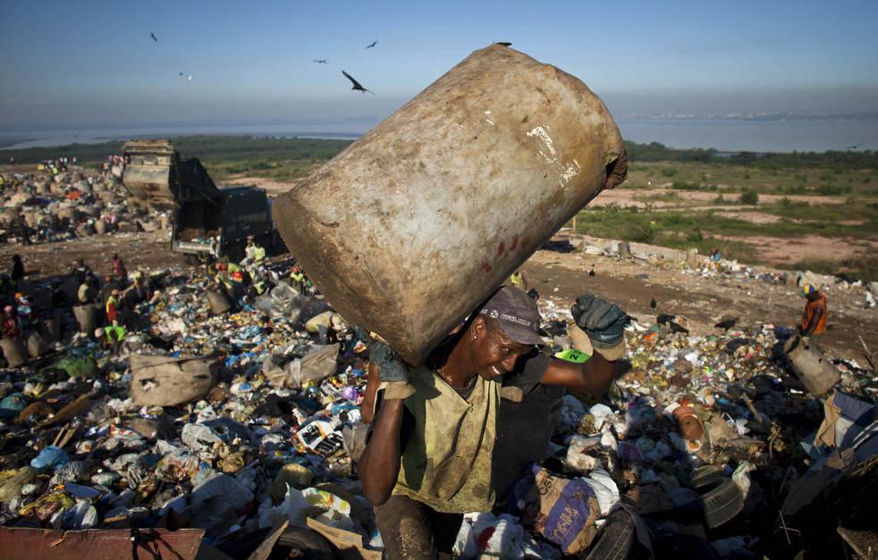 dumpster01 Закрытие гигантской свалки в Рио де Жанейро