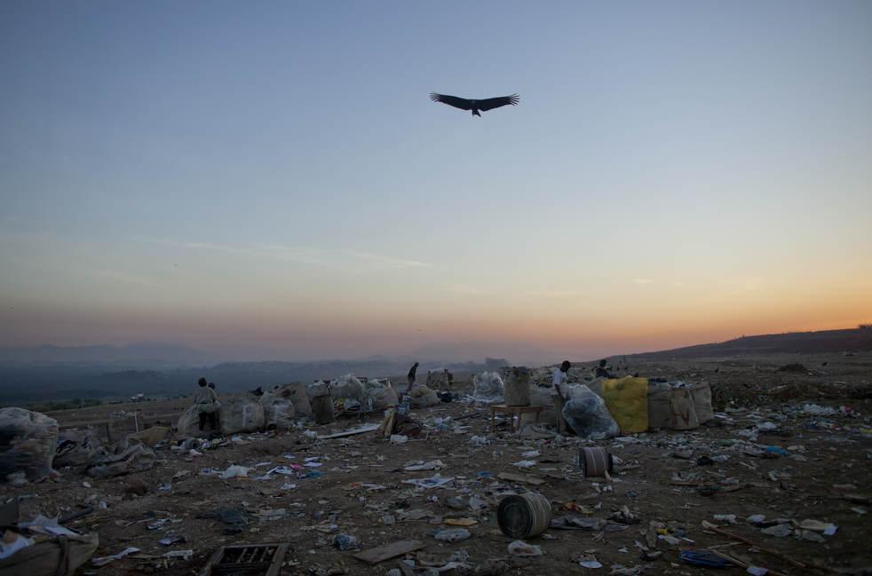 dumpster02 Закрытие гигантской свалки в Рио де Жанейро