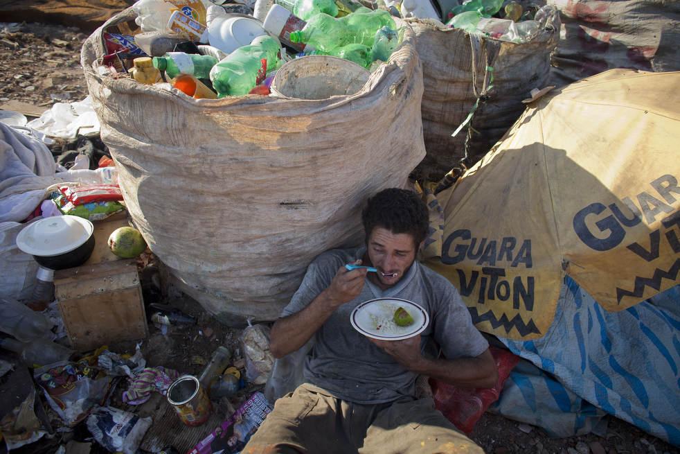 dumpster04 Закрытие гигантской свалки в Рио де Жанейро