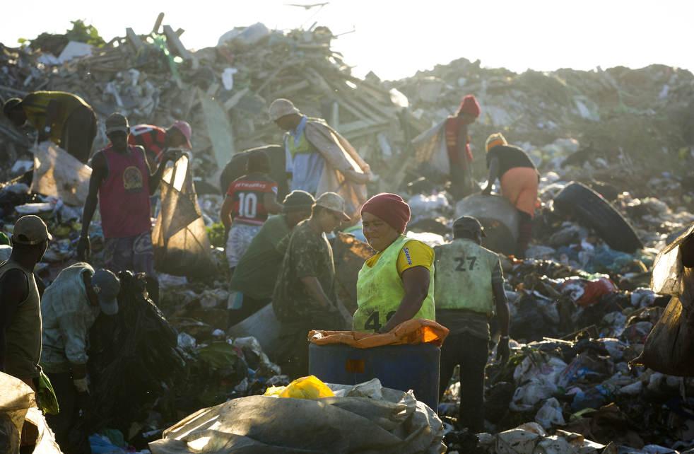 dumpster07 Закрытие гигантской свалки в Рио де Жанейро