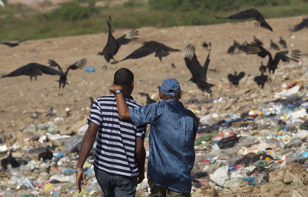 dumpster12 Закрытие гигантской свалки в Рио де Жанейро
