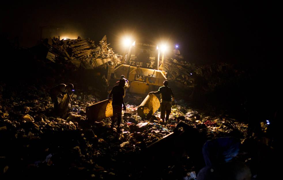 dumpster19 Закрытие гигантской свалки в Рио де Жанейро