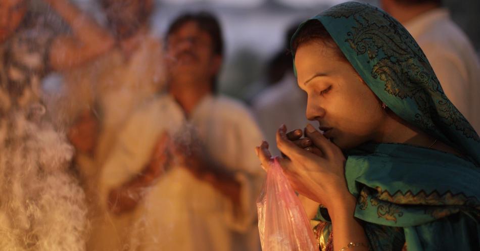 заболевания, также фото молящихся в разных религиях любимый всеми