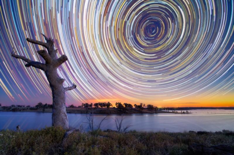 startrails01 800x529 Путешествия звёзд по ночному небу Австралии