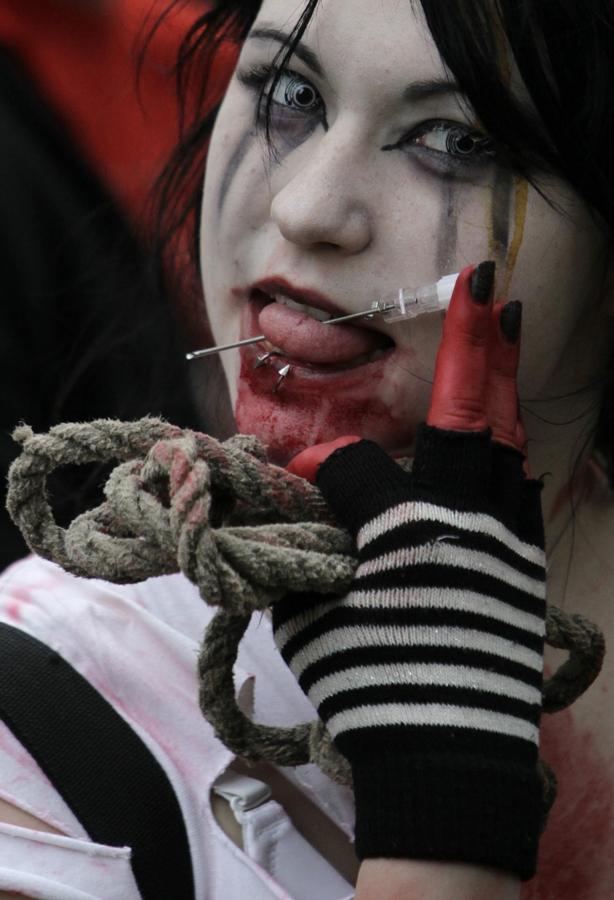 zombie 13 Угроза зомби апокалипсиса в фотографиях