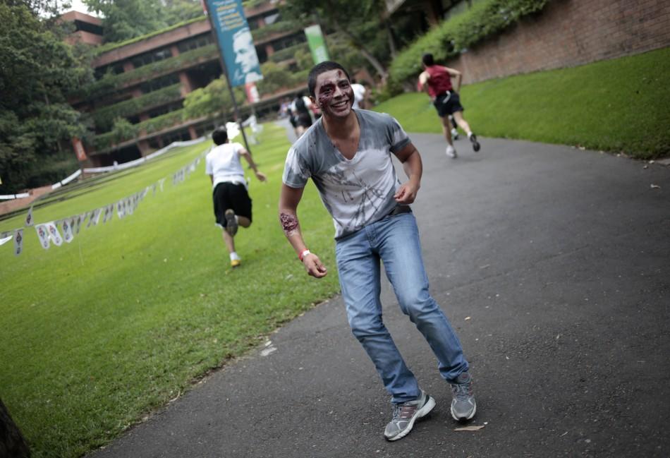 zombie 15 Угроза зомби апокалипсиса в фотографиях