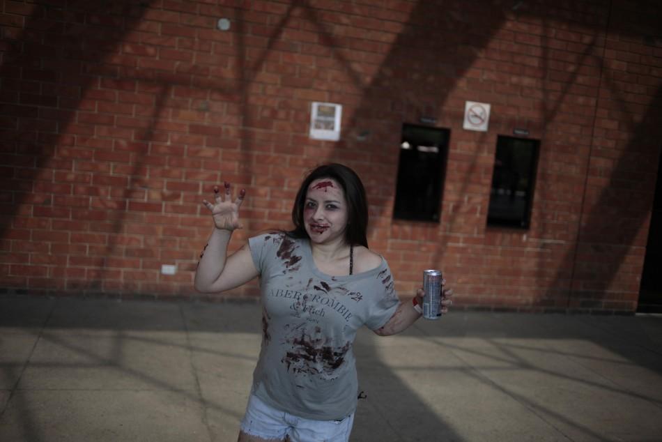 zombie 16 Угроза зомби апокалипсиса в фотографиях