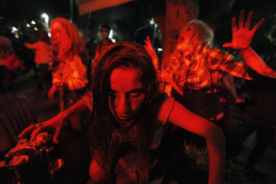 zombie 18 Угроза зомби апокалипсиса в фотографиях