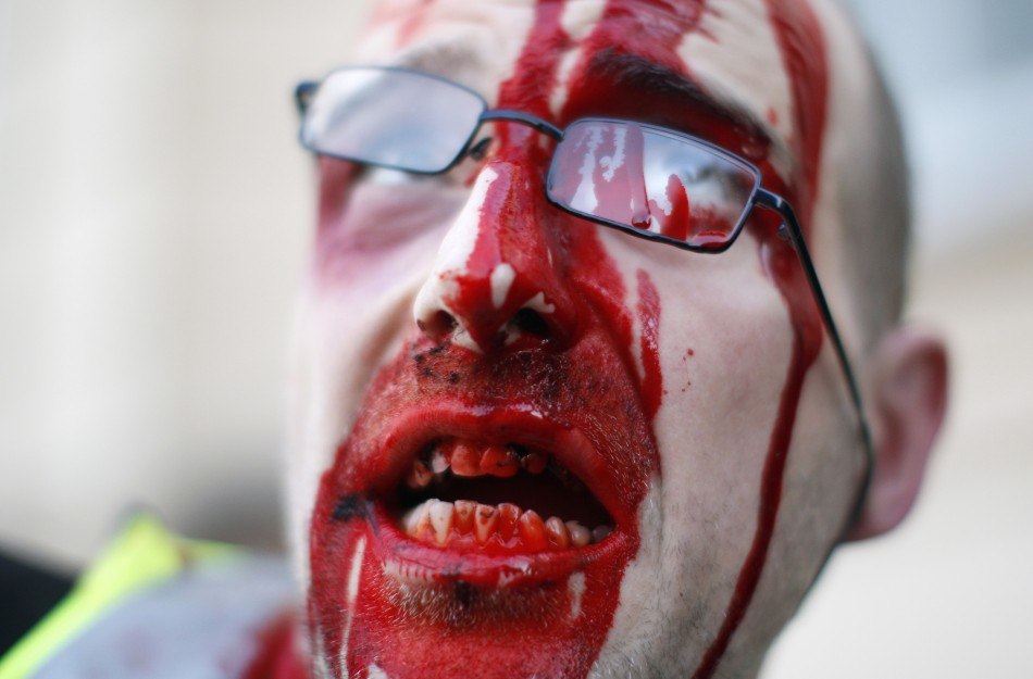 zombie 26 Угроза зомби апокалипсиса в фотографиях