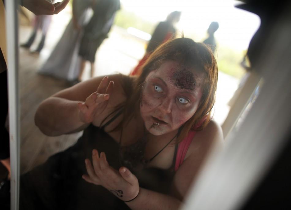 zombie 4 Угроза зомби апокалипсиса в фотографиях