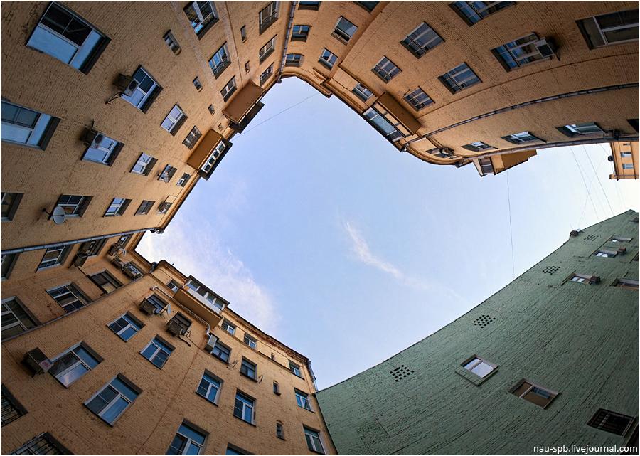 00221 Непарадная Москва