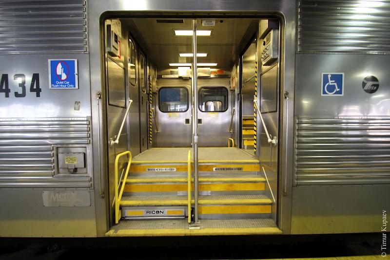 0514 Пригородные поезда в Америке