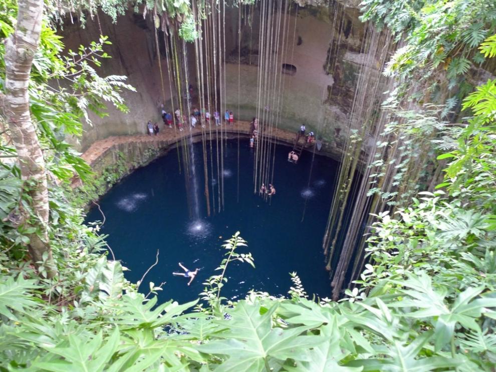 1216 6 самых живописных природных дыр в земле