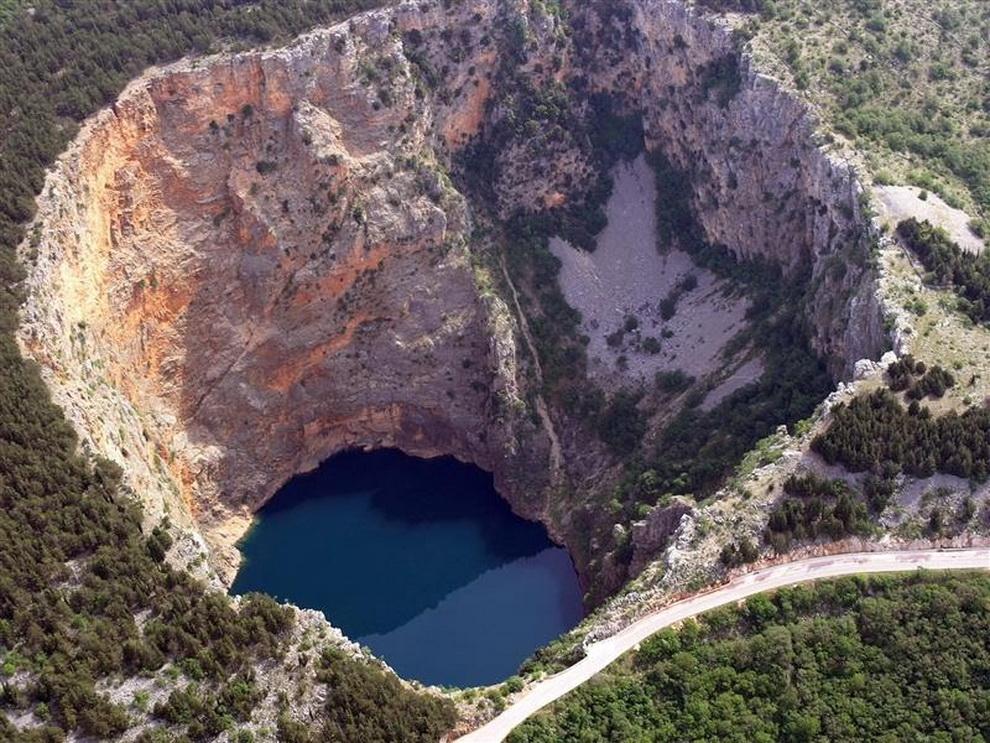 1513 6 самых живописных природных дыр в земле