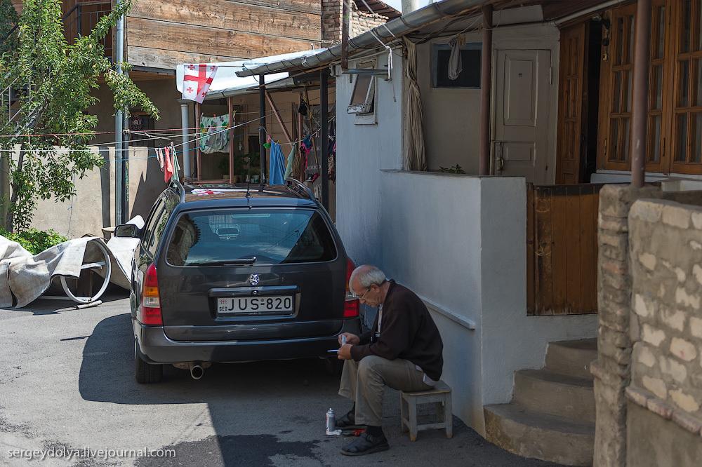 2112 Грузия. Тбилиси. Люди