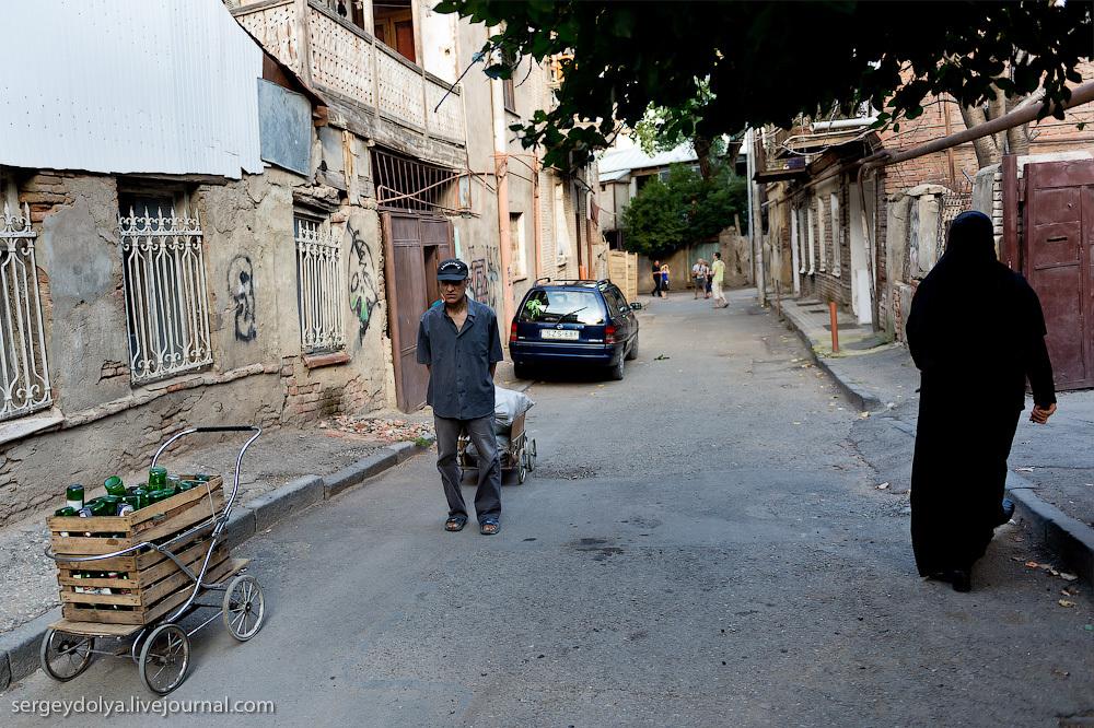 305 Грузия. Тбилиси. Люди