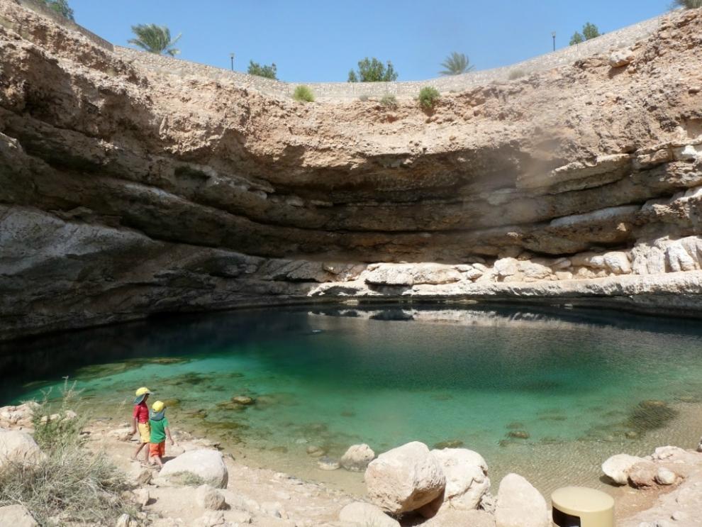 615 6 самых живописных природных дыр в земле
