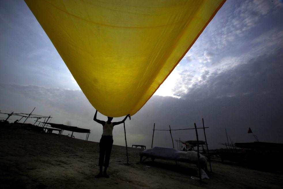India 1 Наводнение в Индии: 80 человек погибли, более 1 млн остались без крова