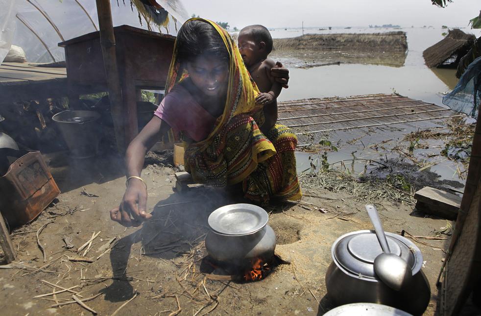 India 10 Наводнение в Индии: 80 человек погибли, более 1 млн остались без крова