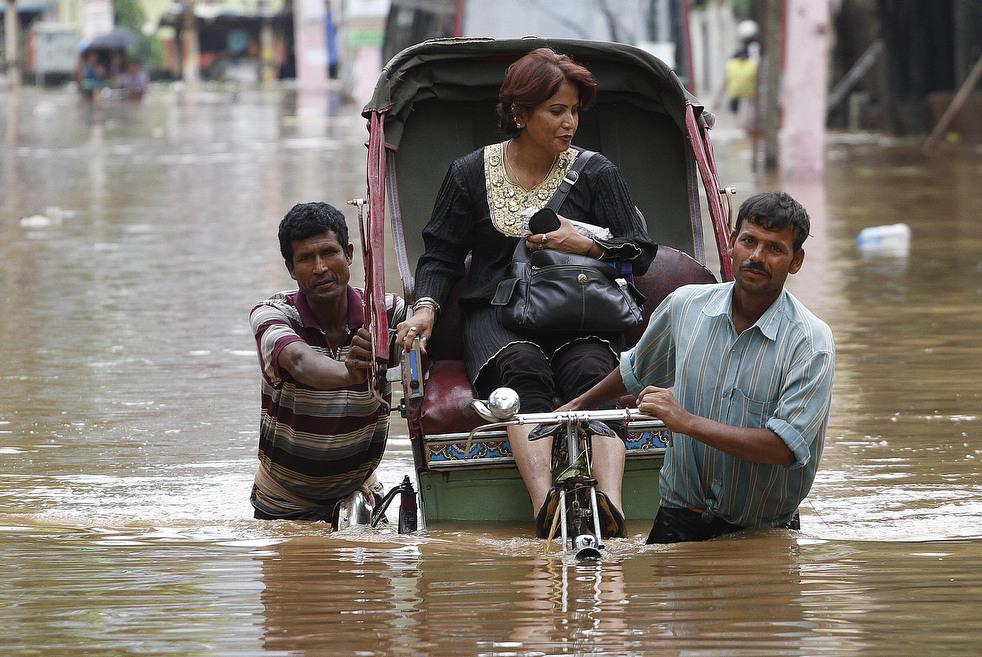 India 22 Наводнение в Индии: 80 человек погибли, более 1 млн остались без крова