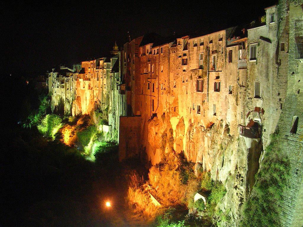 Italia 4 Необыкновенный вид города Сант'Агата де' Готи