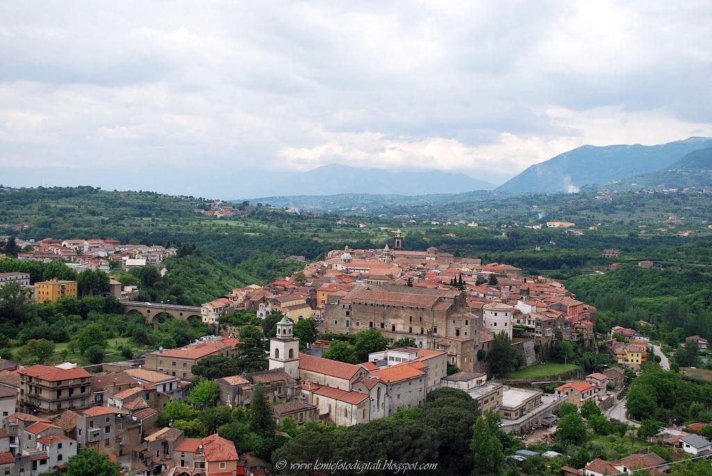 Italia 6 Необыкновенный вид города Сант'Агата де' Готи