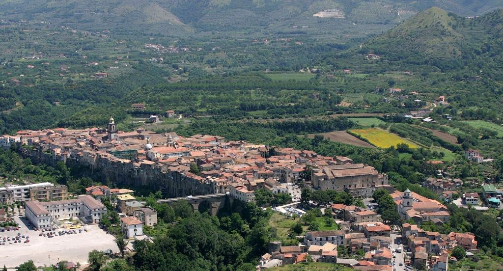 Italia 8 Необыкновенный вид города Сант'Агата де' Готи