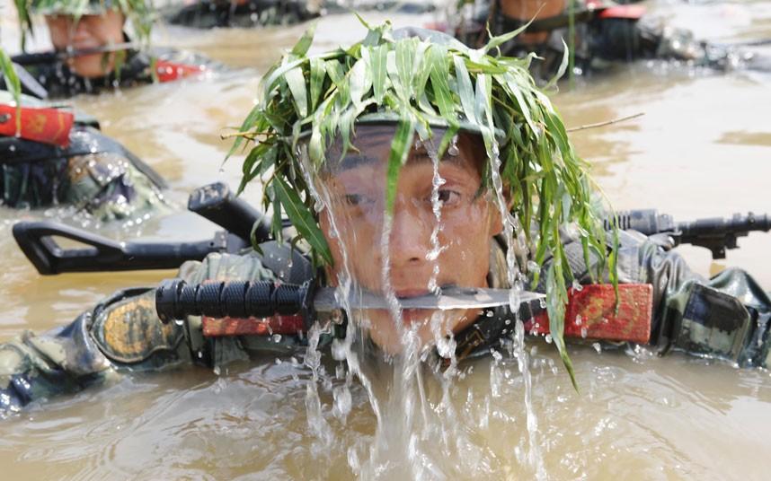 SWAT03 Тренировка китайского спецназа
