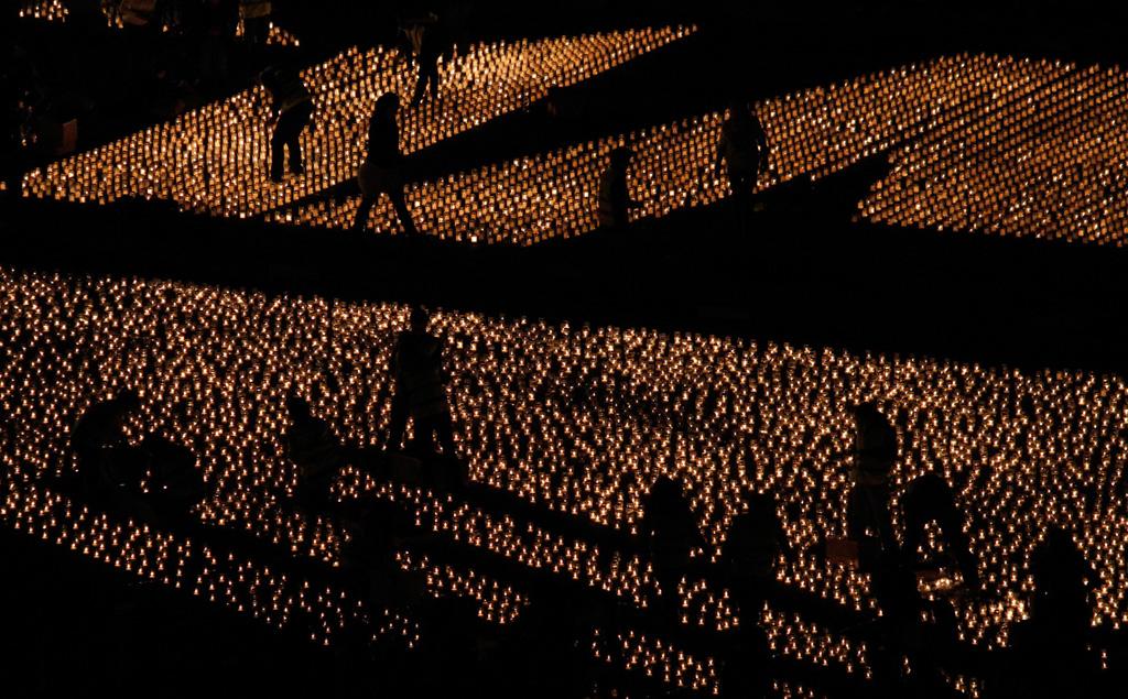 Silhouette 3 Силуэты в новостных фотографиях со всех уголоков мира