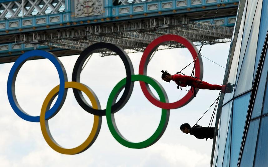Acrobats 2 акробаты на улицах лондона